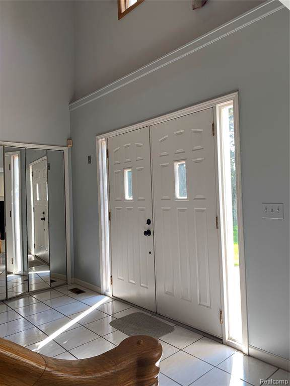 3569 South Boulevard, Auburn Hills, MI 48326 (#219097082) :: The Alex Nugent Team | Real Estate One