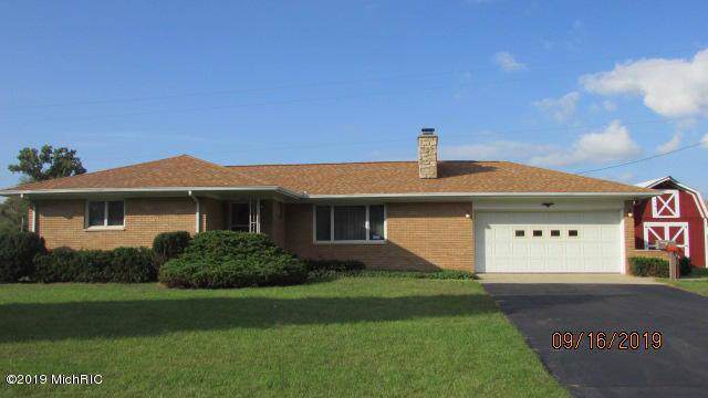726 E Chicago Rd, Quincy Twp, MI 49036 (#62019046209) :: Team DeYonker