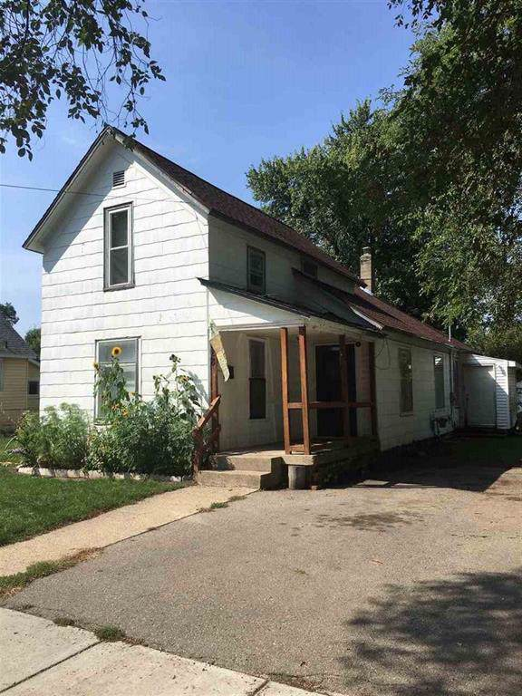 528 Garfield Ave, Owosso, MI 48867 (MLS #5031395121) :: The Toth Team