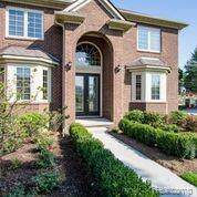 3891 Forster Lane, Shelby Twp, MI 48316 (#219098081) :: The Mulvihill Group