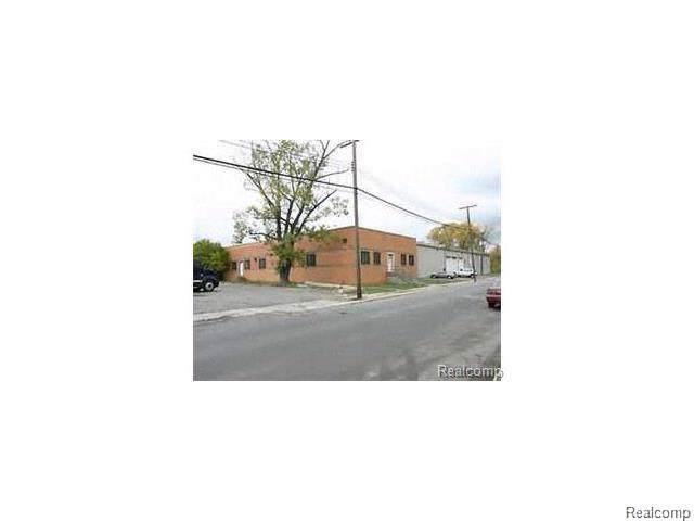 9561 Bryden Street N, Detroit, MI 48204 (#219098100) :: The Mulvihill Group