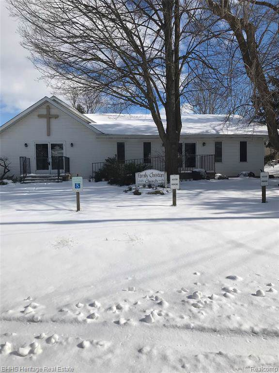 644 Madison, Perry, MI 48872 (MLS #219098607) :: The Toth Team