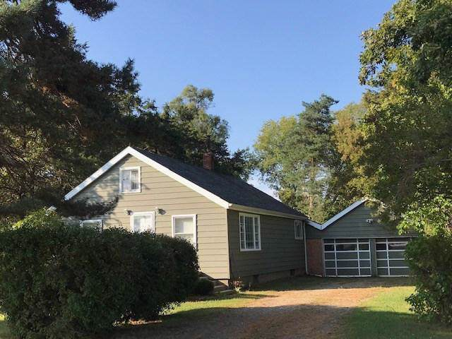 1411 E Easton, New Haven Twp, MI 48867 (#5031396126) :: The Buckley Jolley Real Estate Team