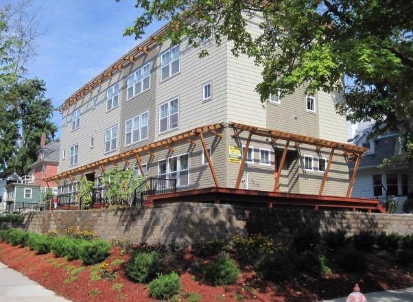 930 Church St, Ann Arbor, MI 48104 (#543269201) :: The Buckley Jolley Real Estate Team