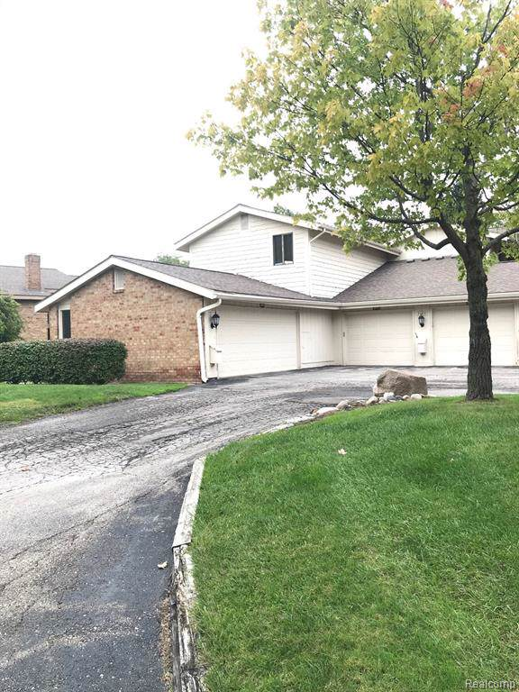 7183 Pebble Park Drive, West Bloomfield Twp, MI 48322 (#219102908) :: The Buckley Jolley Real Estate Team