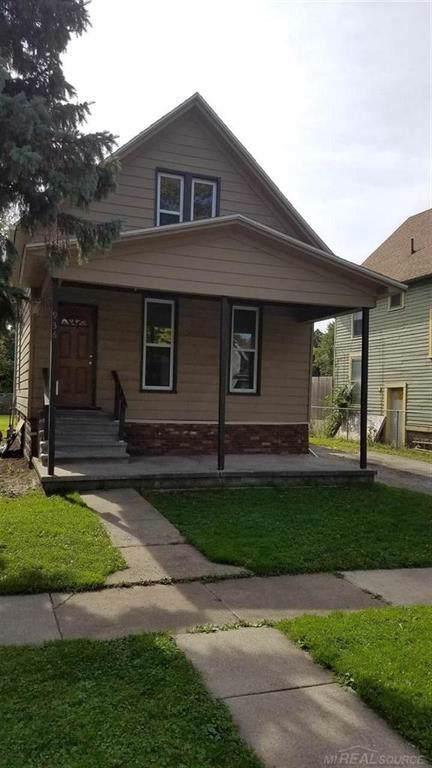 936 Pine Street, Port Huron, MI 48060 (#58031396994) :: The Mulvihill Group