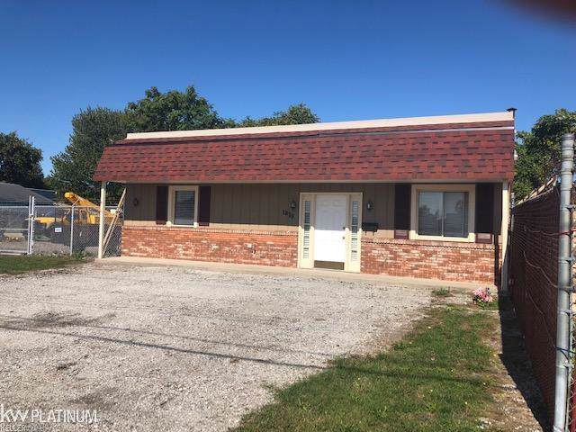1819 Bancroft, Port Huron, MI 48060 (#58031397049) :: GK Real Estate Team