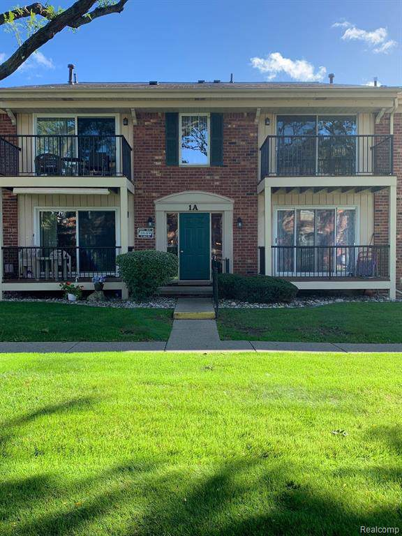 12082 15 MILE Road, Sterling Heights, MI 48312 (#219104859) :: The Buckley Jolley Real Estate Team