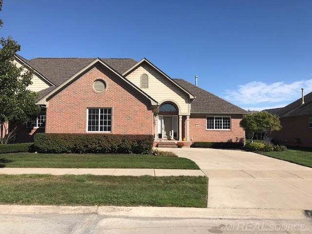 33859 Ausable Drive, Chesterfield Twp, MI 48047 (#58031397487) :: Alan Brown Group