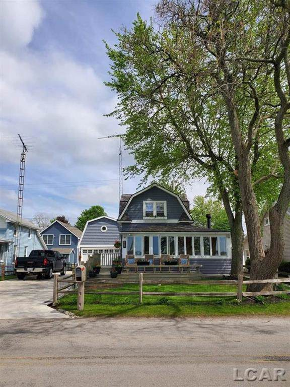 2287 Round Lake Hwy., Rollin Twp, MI 49253 (#56031397727) :: The Alex Nugent Team | Real Estate One