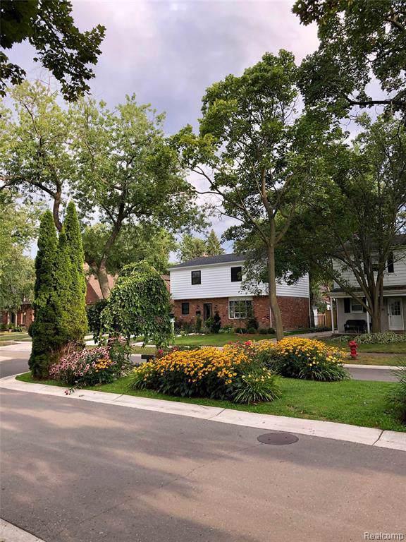 10475 Lasalle Boulevard, Huntington Woods, MI 48070 (#219106413) :: Keller Williams West Bloomfield