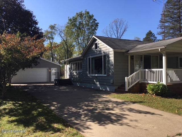 365 W St Joe St, Hillsdale, MI 49252 (#53019050444) :: GK Real Estate Team