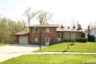 17361 W Outer Drive, Dearborn Heights, MI 48127 (#219107761) :: Springview Realty