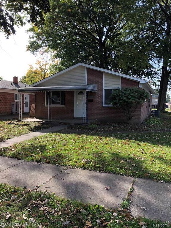 4604 Raymond Avenue, Dearborn Heights, MI 48125 (#219107768) :: Springview Realty