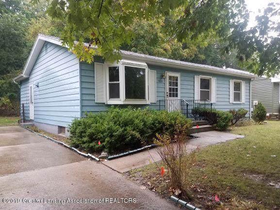 5620 Ellendale Drive, Lansing, MI 48911 (MLS #630000241888) :: The Toth Team