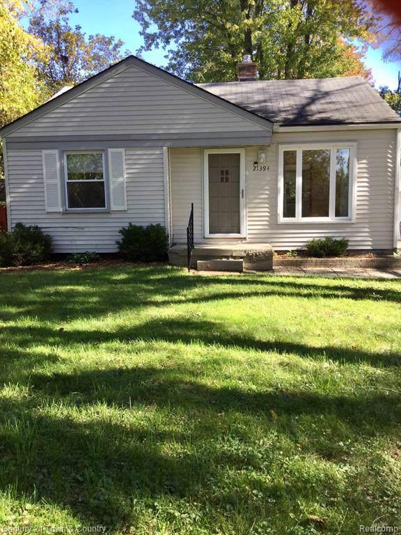 21394 Seminole Street, Southfield, MI 48033 (#219108084) :: Team DeYonker