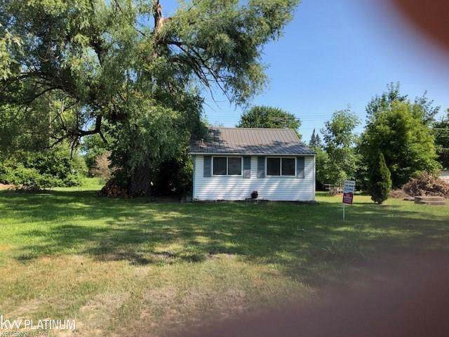 7275 Aspen Road, Worth Twp, MI 48450 (#58031398276) :: GK Real Estate Team