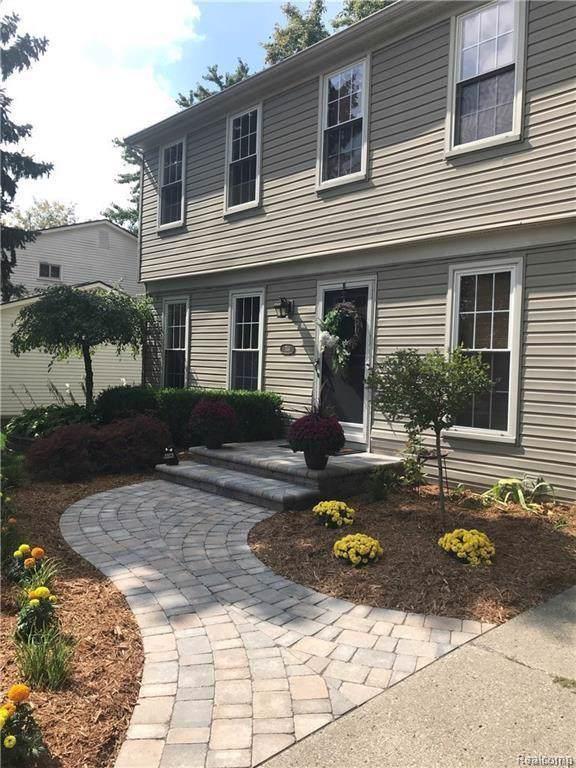 744 Dressler Lane, Rochester Hills, MI 48307 (#219113334) :: Duneske Real Estate Advisors