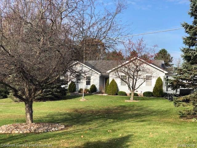 72 W Barnes Lake Road, Deerfield Twp, MI 48421 (#219113940) :: GK Real Estate Team