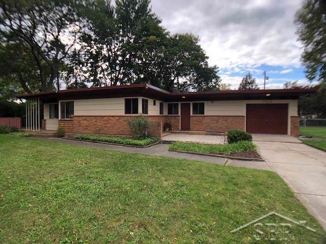 703 Frost Dr - Photo 1
