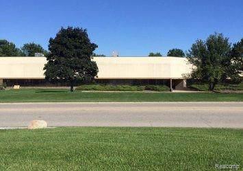 1450 Highwood Boulevard, Pontiac, MI 48340 (MLS #219114612) :: The John Wentworth Group