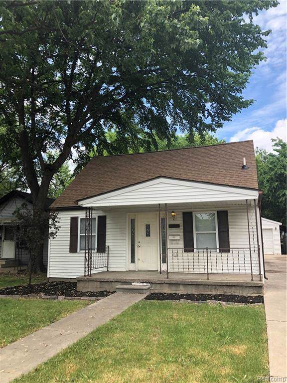 8251 Maxwell Avenue, Warren, MI 48089 (#219114934) :: Springview Realty