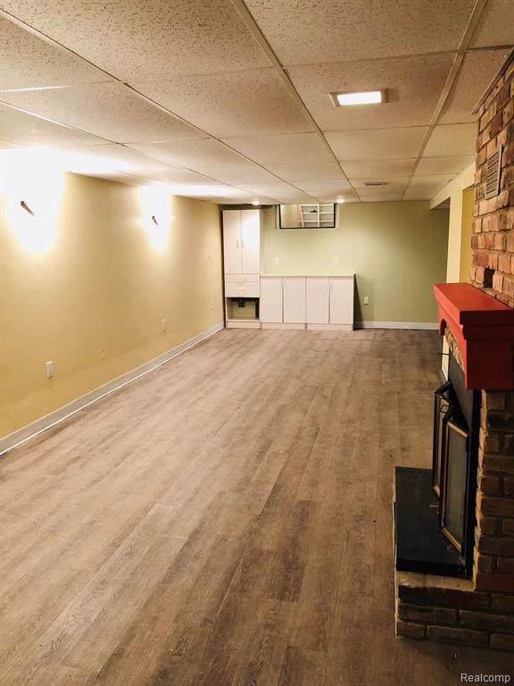2747 Culbertson Avenue, Rochester Hills, MI 48307 (#219115027) :: The Alex Nugent Team | Real Estate One