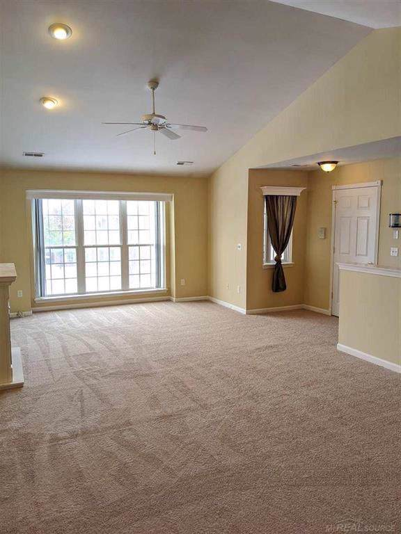 51815 Lionel, Chesterfield Twp, MI 48051 (#58050000271) :: Alan Brown Group