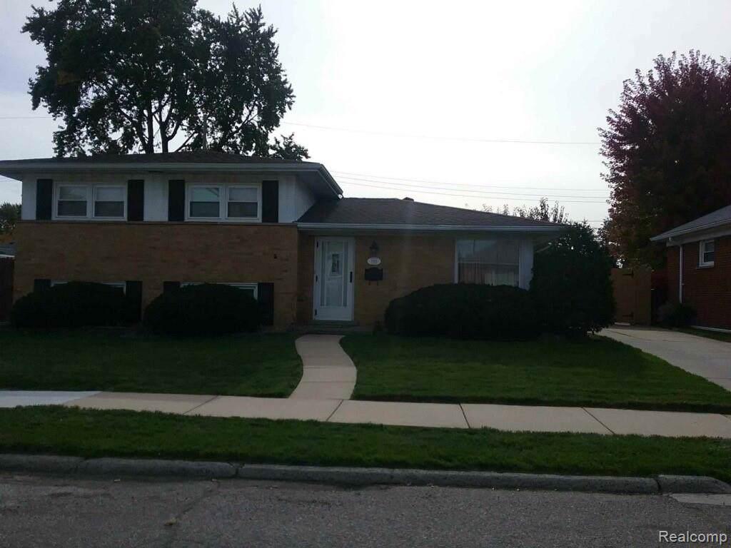1053 Progress Avenue - Photo 1