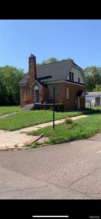 18517 Joann Street, Detroit, MI 48205 (#219116692) :: Alan Brown Group