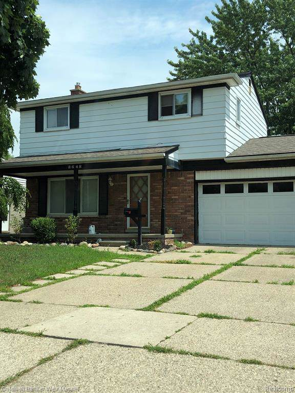 8648 Holly Dr, Canton Twp, MI 48187 (MLS #219116708) :: The Toth Team