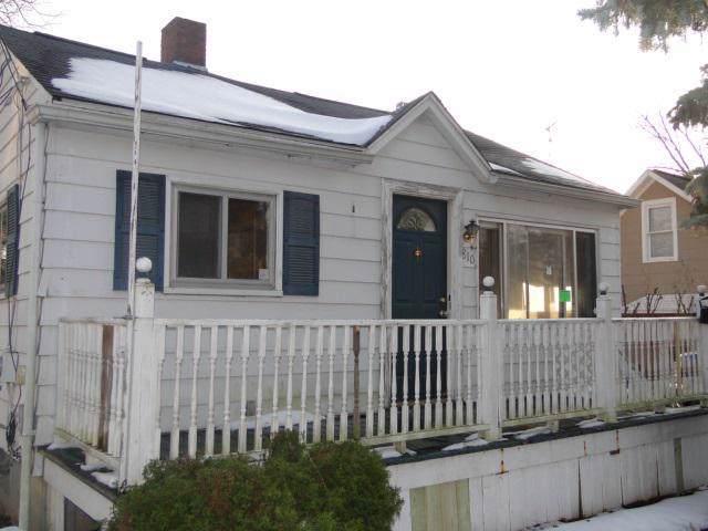 810 South St, Mt. Morris, MI 48458 (#5050000410) :: Springview Realty