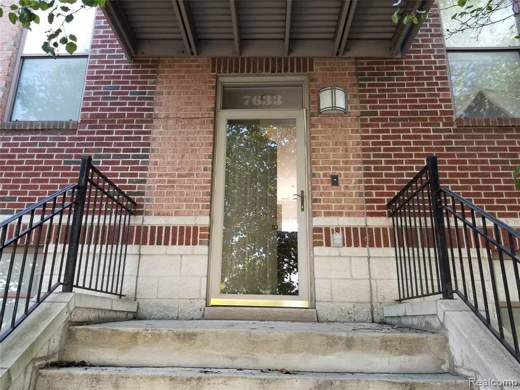 7633 Woodward Avenue - Photo 1