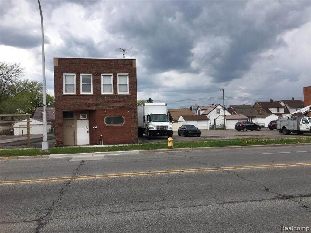 7651 Schaefer Road - Photo 1