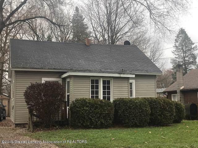 705 S Clinton Street, Charlotte, MI 48813 (#630000242792) :: The Alex Nugent Team   Real Estate One