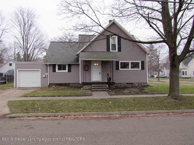 222 W Henry Street, Charlotte, MI 48813 (#630000242854) :: The Alex Nugent Team   Real Estate One