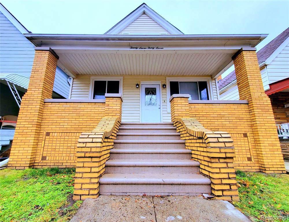 2737 Norwalk Street - Photo 1