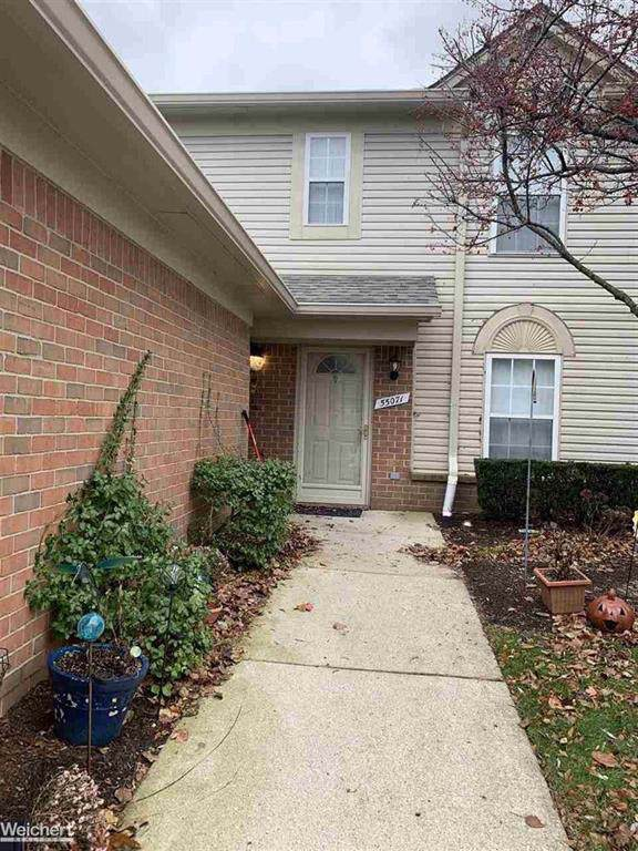 55071 Westchester Dr Unit 44, Shelby Twp, MI 48316 (#58050001257) :: The Alex Nugent Team | Real Estate One