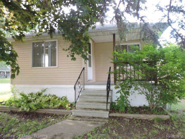 2263 Kenneth Street, Burton, MI 48529 (#219120274) :: Springview Realty