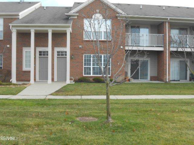 51574 Stern, Chesterfield Twp, MI 48051 (#58050001532) :: The Mulvihill Group