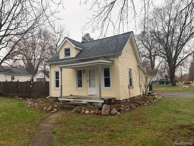 422 N Tompkins Street, Howell, MI 48843 (#219121406) :: The Buckley Jolley Real Estate Team