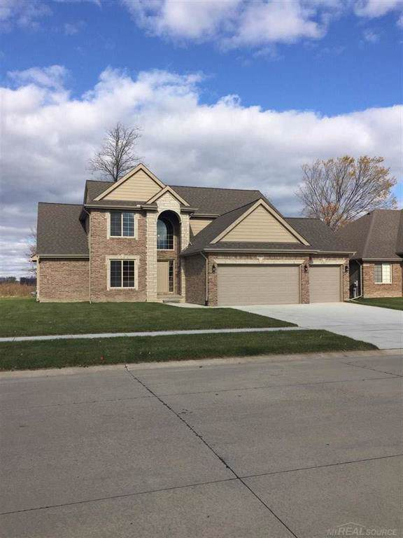 19601 Madrone, Macomb Twp, MI 48042 (#58050001595) :: The Mulvihill Group