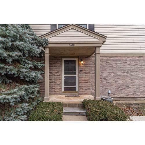 3058 Forest Creek Court, Ann Arbor, MI 48108 (#543270285) :: Team Sanford