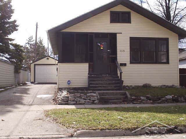 1115 Ames, Saginaw, MI 48602 (#61050001755) :: RE/MAX Nexus