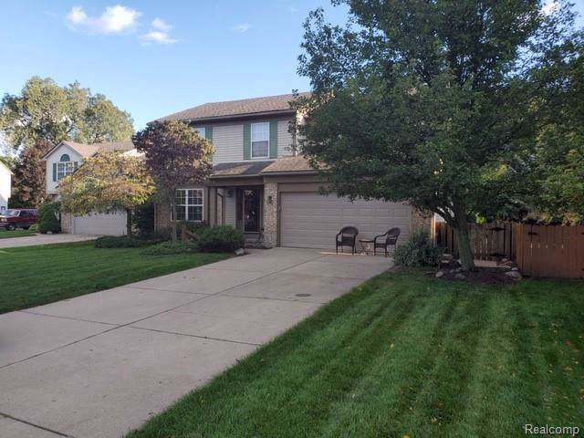 37819 Chase Court, Livonia, MI 48150 (#219122028) :: The Buckley Jolley Real Estate Team