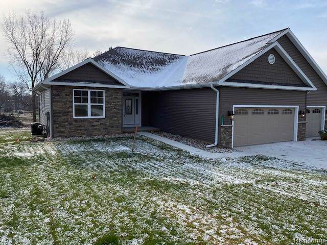 11124 Resort Road, Henrietta Twp, MI 49272 (#219122149) :: GK Real Estate Team
