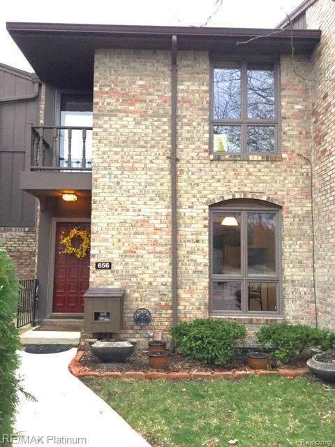 656 Greenhills Drive, Ann Arbor, MI 48105 (#219124031) :: The Mulvihill Group