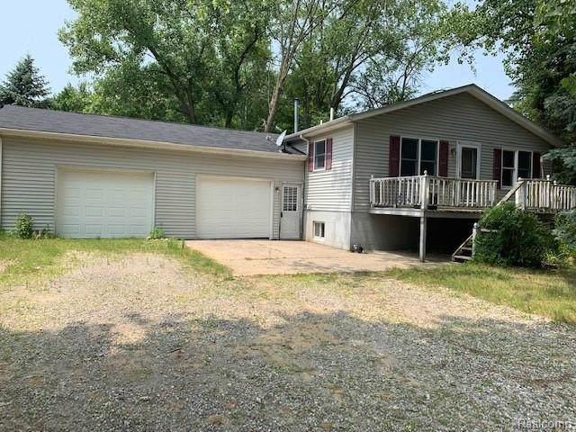 4427 Saginaw Road, Vassar Twp, MI 48768 (#2200000115) :: The Buckley Jolley Real Estate Team