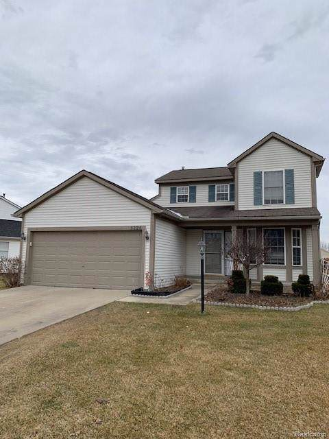 5225 Sandalwood Circle, Grand Blanc Twp, MI 48439 (#2200001078) :: The Mulvihill Group