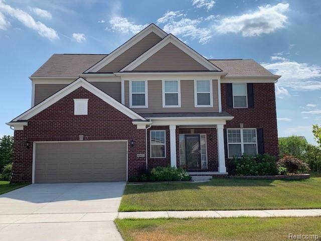16428 Adelaide Drive, Macomb Twp, MI 48044 (#2200001477) :: The Mulvihill Group